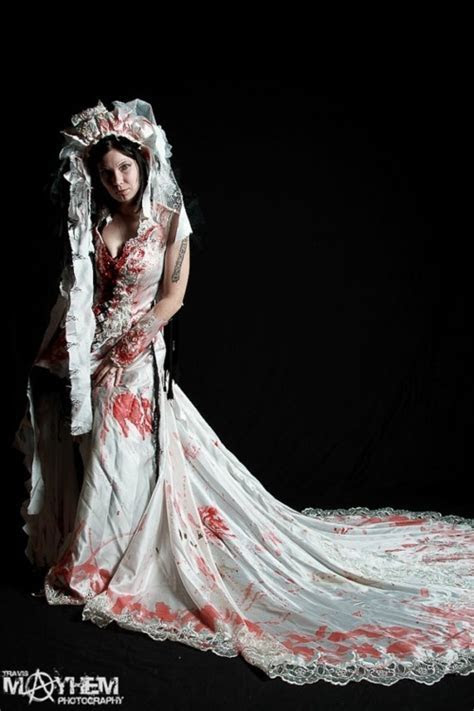 Zombie Wedding Dress!   Geeky   Pinterest   Wedding
