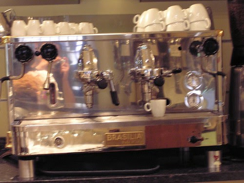 Bad Blurry pic of one of the Brasilia Semi-autos, Caffe del Doge, Rialto