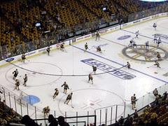 Bruins_practice_103109d