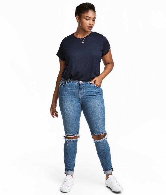 Một cô nàng ngoại cỡ thử 10 chiếc quần jeans của 10 hãng khác nhau, và đây là những điều cô cảm nhận được - Ảnh 3.