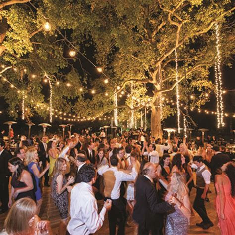 7 Things You Should Tell Your Wedding DJ   Brides