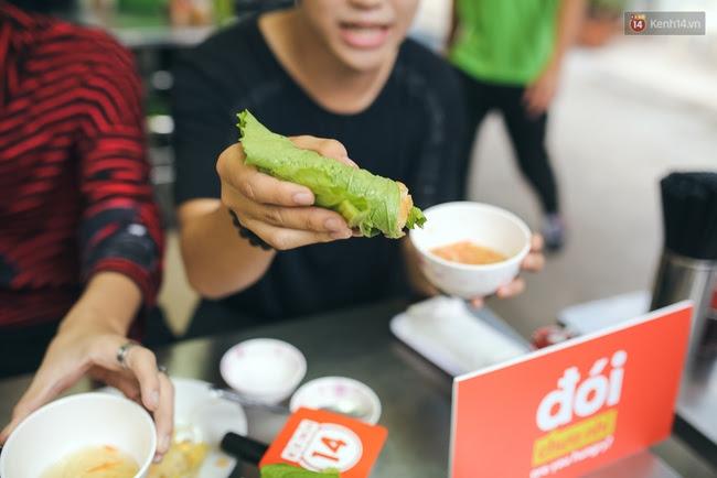 Ghi vào sổ 4 hàng bánh xèo siêu ngon, lúc nào cũng đông khách ở Sài Gòn - Ảnh 9.