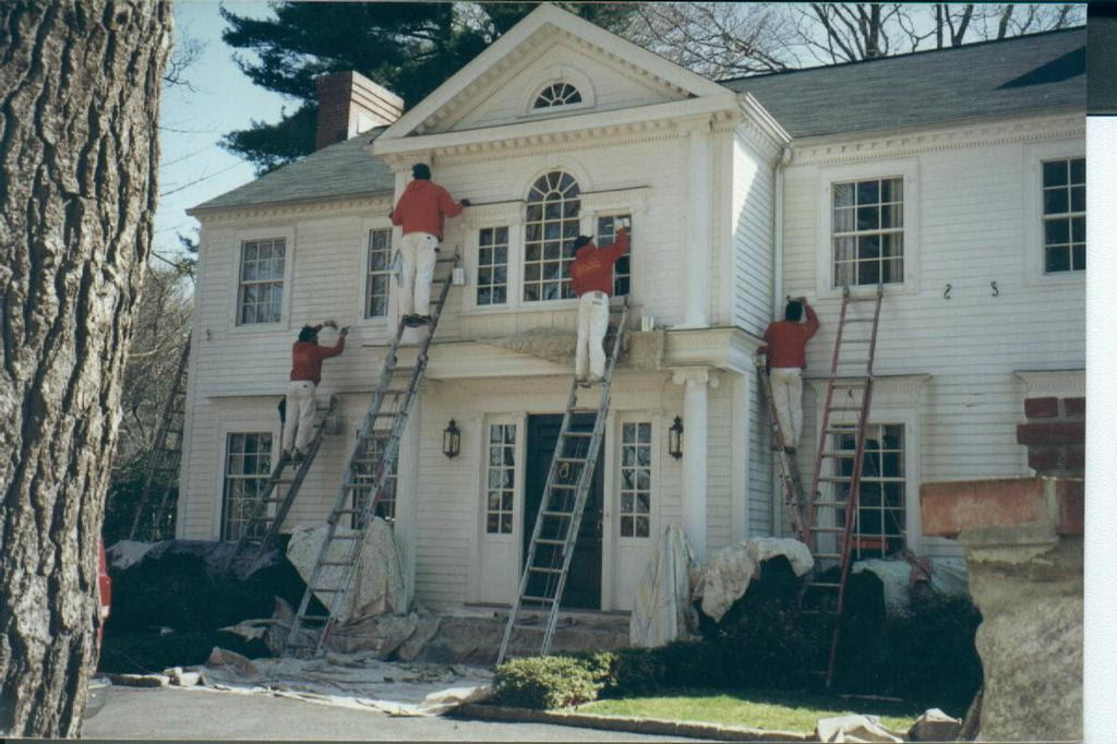 White house exterior painting from Thomas Wallcovering in West ...