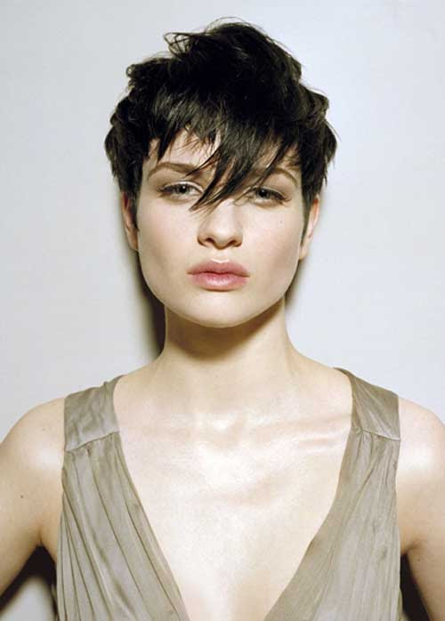 24 Edgy and Out of the Box Short  Haircuts  for Women