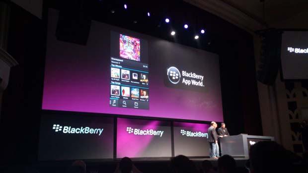 RIM mostra loja de apps do BlackBerry 10 (Foto: Allan Melo/TechTudo)