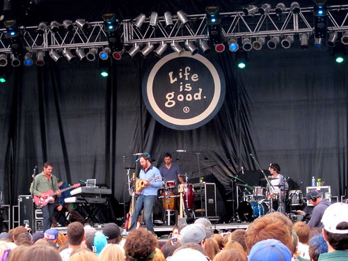 GUSTER!
