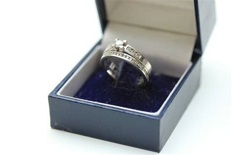 Which Ring Goes on First? Your Wedding or Engagement Ring