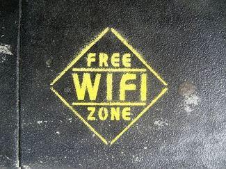 Facebook prueba ofrecer WiFi gratis a cambio de check-ins