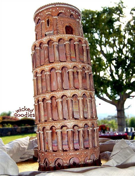 Leaning Tower of Pisa Cake