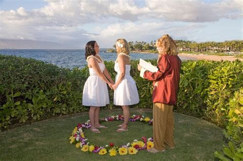 Gay and Lesbian Weddings on Maui Hawaii