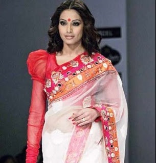 Perfect Navratri Look - bipasha