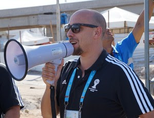 Marco Sansoni, gerente de Serviços ao Espectador do COL - Copa do Mundo (Foto: Augusto Gomes/GloboEsporte.com)