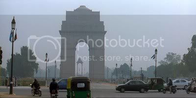 http://i298.photobucket.com/albums/mm253/blogspot_images/BlackWhite/PDVD_030.jpg