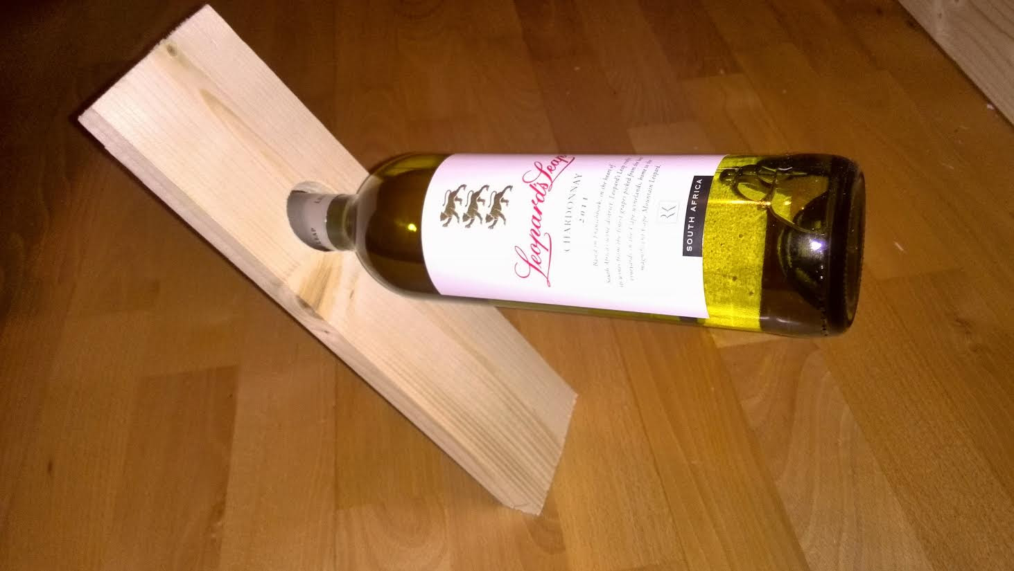 Simple Wooden Magical Wine Bottle Holder Diy Projects