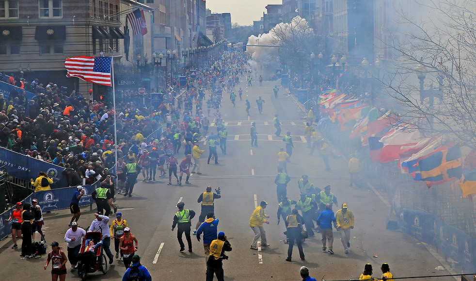 boston_marathon_explosion_20.jpg