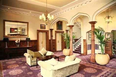 Gallery   Shendish Manor