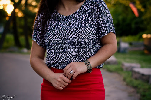red pencil skirt to work-4.jpg