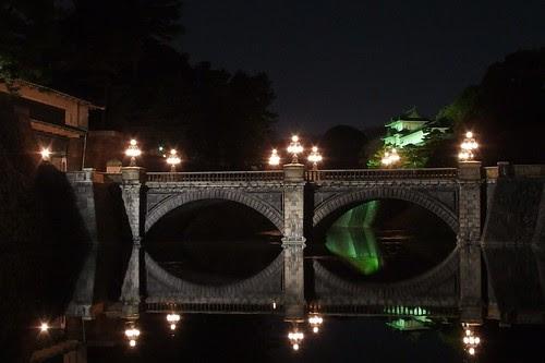 夜の二重橋