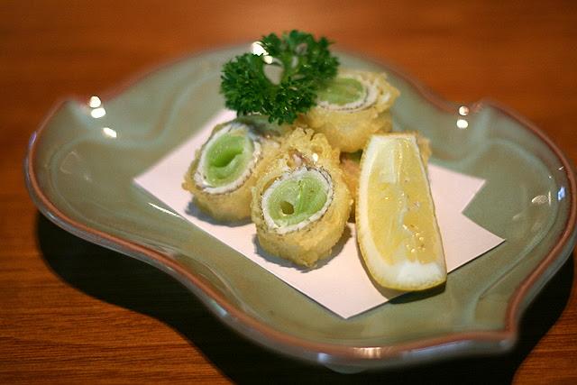 Kisu Nebuka Age - Deep-fried Sand-borer Wrapped with Welsh Onion