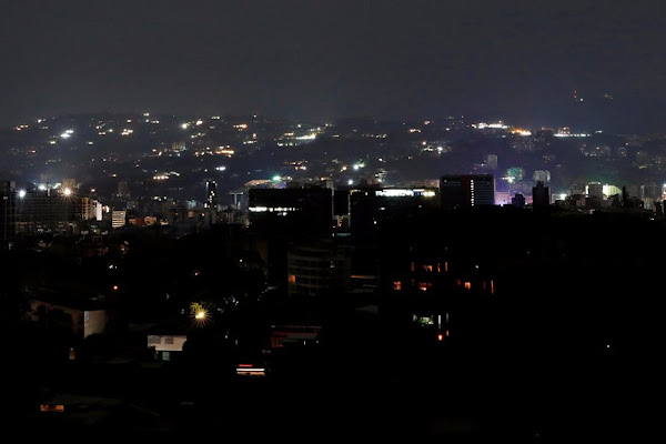Risultati immagini per venezuela blackout sabotaje bandera