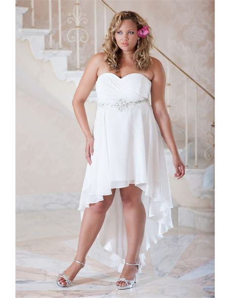 Perfect informal #plus #size wedding gown (possibly for a