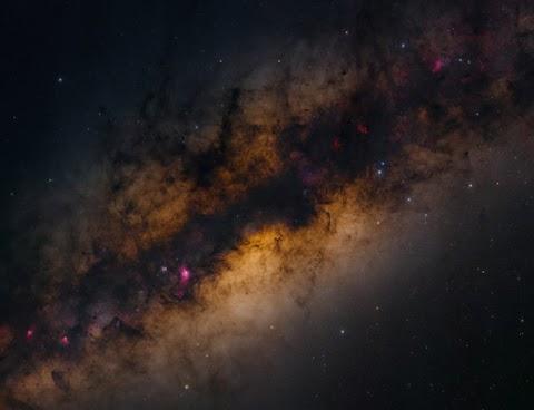 Massive 2.2 Gigapixel Photo of the Milky Way Was Taken in Just 4.5 Hours