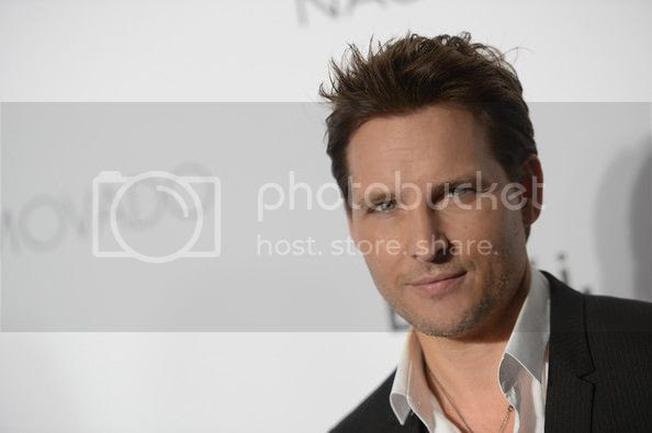 photo PeterFacinelli2013GQGentlemenBallPresentedq4aUb3JdPbdl_zps8cb89105.jpg