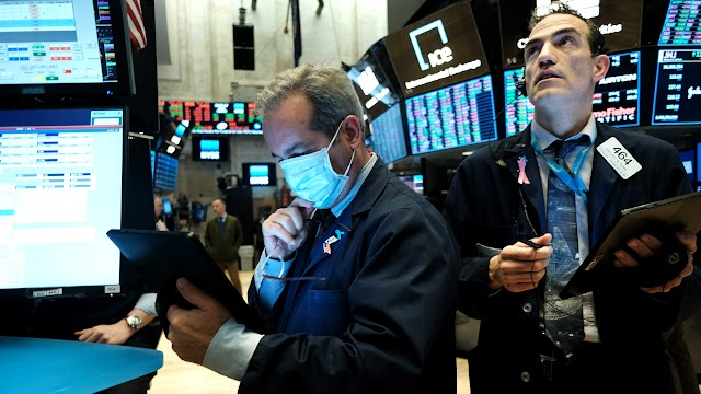 Stock futures sink, Boeing cutting jobs on COVID-19 fallout
