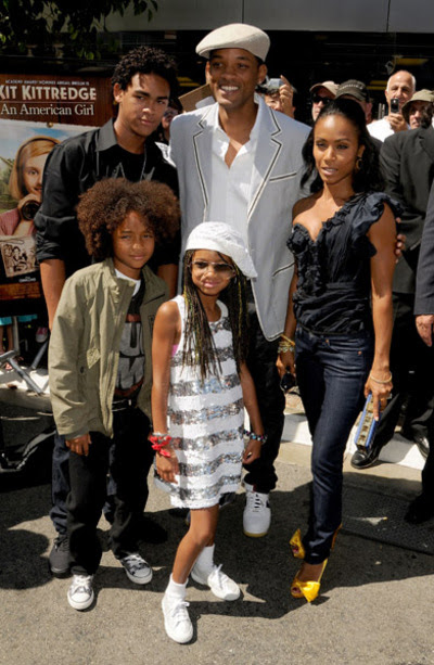 will smith family photo. Will Smith and his family were