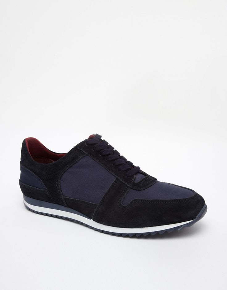 Black and navy sneaker