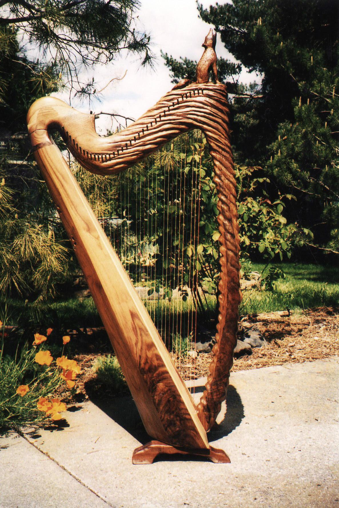 Mountain Glen Harps