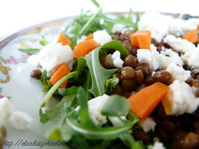 insalata con lenticchie all'alloro e stracchino di capra 2