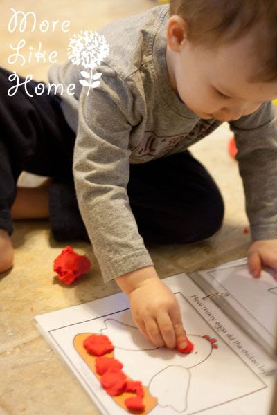 http://www.morelikehome.net/2014/03/playdoh-busy-bag.html