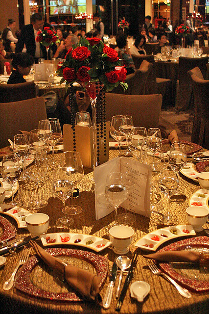 Table setting so grand!