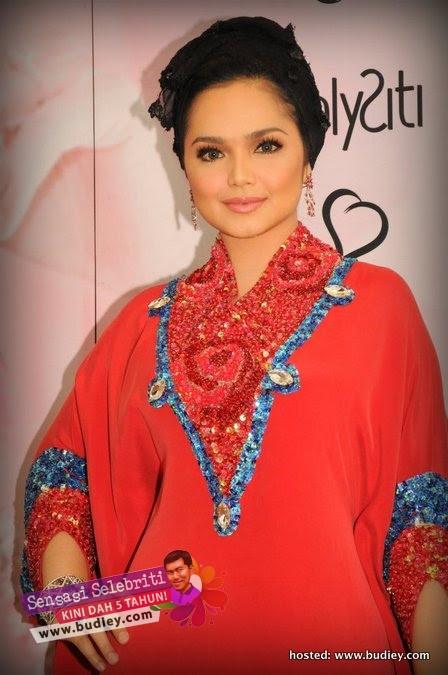 Siti Nurhaliza Bejeweled