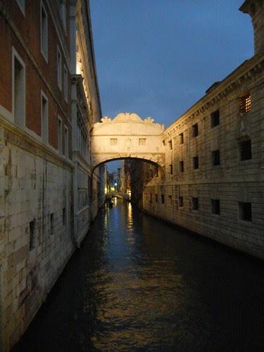DSCN9960 _ Ponte dei Sospiri, Venezia, 10 October