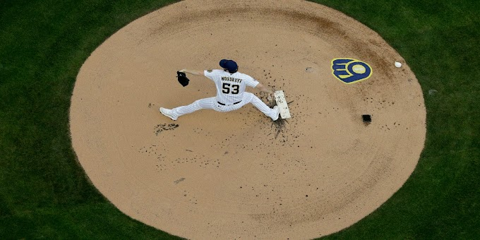 Fried sharp, Braves blank Brewers 3-0 to tie NLDS at 1-all