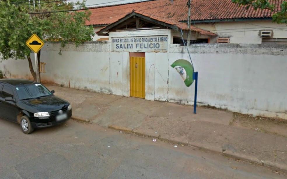 Caso de agressão foi registrado dentro da Escola Estadual Salim Felício, em Cuiabá (Foto: Google Maps/Reprodução)
