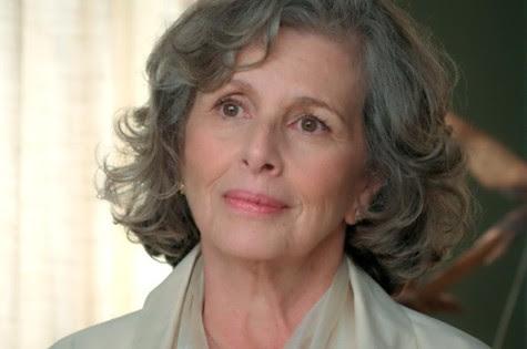 Irene Ravache é Vitória em 'Além do tempo' (Foto: Reprodução)