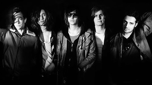 The Strokes : clip Under Cover Of Darkness + l'album Angles en écoute