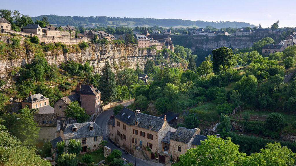 Bozouls: Uma cidade francesa empoleirada acima de um buraco 10