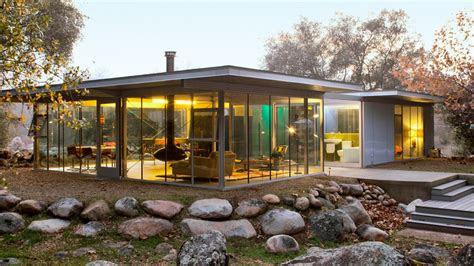 modern cabin design  award winning homes sunset