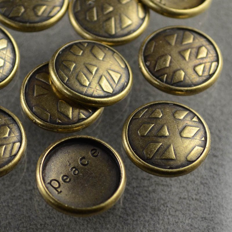 s36887 Stamping / Riveting -  R and R Snap Cap - Antiqued Brass (1)