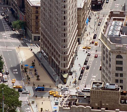 Fuller or Flatiron Building, Manhattan, New York, by jmhdezhdez