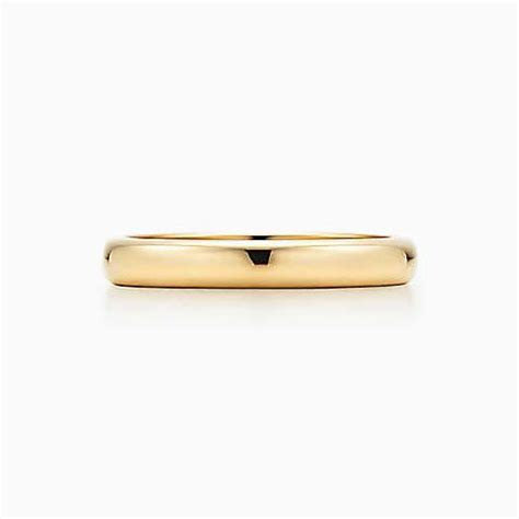 Lucida® wedding band ring in 18k gold, 3mm wide