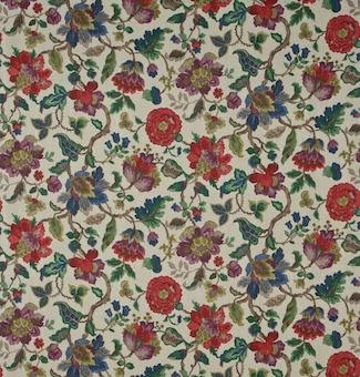 sanderson-amanpuri-fabric-dcouam202-original-chintz-9488-p.jpg