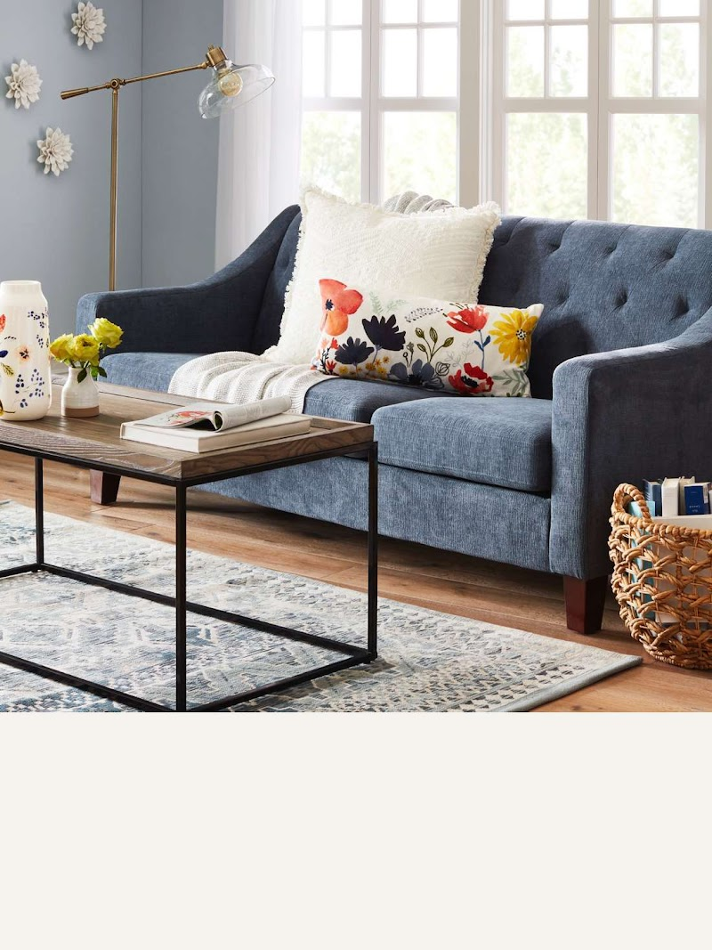 Beautiful Small Living Room With Sectional Sofa Photos