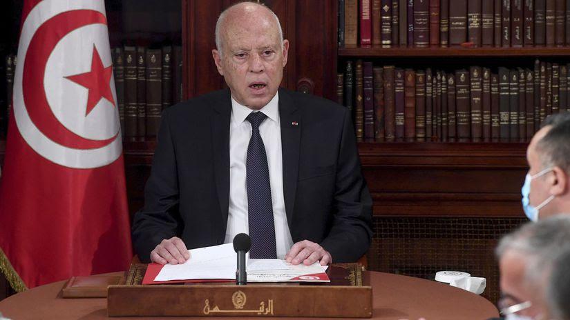 Ústavná kríza v Tunisku: Po premiérovi prezident Saíd odvolal dvoch  ministrov - Svet - Správy - Pravda.sk