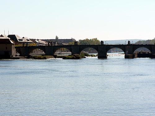 Alte_Mainbrücke_2
