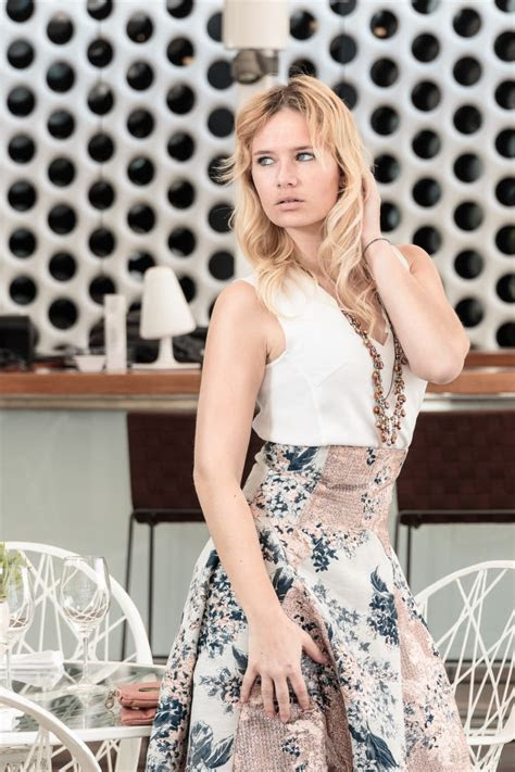 Outfit of the Week: How to dress for a Wedding?   Be sparkling
